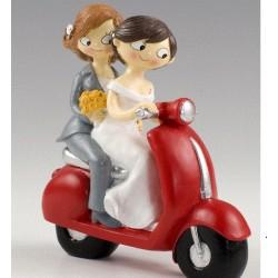Figura tarta boda novias chicas en moto
